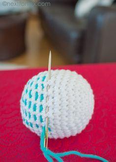crochet balle ou boule de Noël custo facile