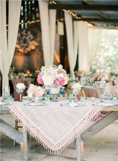 I love this set up for a Bachlorette Tea Party :) Maybe a brunch to start the day off???
