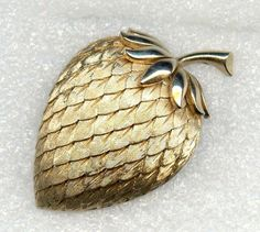"Vtg Trifari Acorn Strawberry Lrg 2-1/8"" Textured Golden-Toned Trifanium 3D Pin #CrownTrifari"