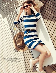 I really want this dress.  I now love strips and navy and white. Classic. Spring/Summer dress