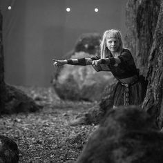 """34.5 mil Me gusta, 352 comentarios - AURORA (@auroramusic) en Instagram: """"Dancing in forests and moving in castles Photos by @isabellapinheiro"""""""