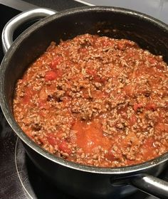 Banana Cream, Meal Prep, Slow Cooker, Chili, Recipies, Food And Drink, Soup, Yummy Food, Pasta