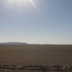 El sol quemante en Pampa Germania🌞 . . . #desierto  #tarapacadesert  #tarapaca  #tarapacachile #pampagermania #paisajeschilenos  #conociendochile  #chile_360  #estoeschile  #chileshots  #chilephotos  #chile_lovers  #travel_captures  #travelshots  #instaplacesworld  #places_wow  #placestogo  #instachile