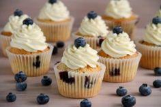 Cupcakes de arándanos (Blueberry cupcakes) » Recetas Thermomix | MisThermorecetas