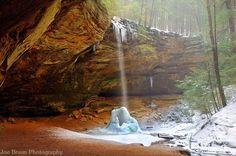 Ash Cave during Winter (Hocking Hills) © 2010 Joe Braun Photography