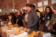 The line forming around the amazing cornbread squares at the Jack's Chedbred @Antoni Nadal Bvo's Chedbred booth