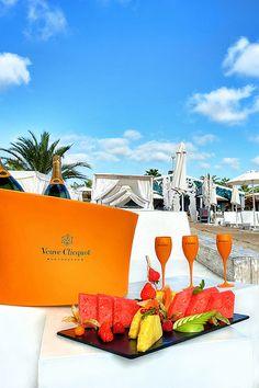 Ushuaia Ibiza Beach Club Restaurant, beautiful seaside dining - White Ibiza