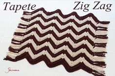 Oi pessoal!! Na aula de hoje no meu canal do #youtube vamos fazer este lindo tapete Zig Zag com o fio Barroco MaxColor da Circulo S.A.   https://youtu.be/_DiMpyo15ys #crochet #professorasimone #semprecirculo #barroco