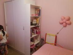 Natassa's blog tips: Η καινούργια μας βιβλιοθήκη Ladder Bookcase, Shelves, Blog Tips, Home Decor, Shelving, Decoration Home, Room Decor, Shelving Units, Home Interior Design