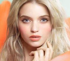 Sommer Make-up in Pfirsich-Nuancen von Jill Stewart