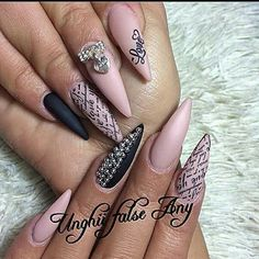 Romanian nails ♡