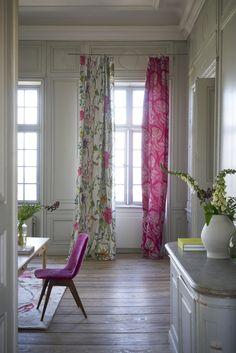 Designers Guild Masson floral fabric print Disponible en @latorredecora                                                                                                                                                                                 More