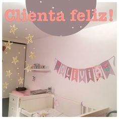 La Olivia todavía no nace pero su mamá ya tiene lista su linda pieza con banderines de Marita Market! ❤️✨