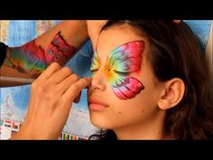 One-Stroke Butterfly Face Painting Tutorial Body Painting, Girl Face Painting, Face Painting Tips, Face Painting Tutorials, Face Painting Designs, Paint Designs, Painting Techniques, Glitter Face Paint, Photographie Art Corps