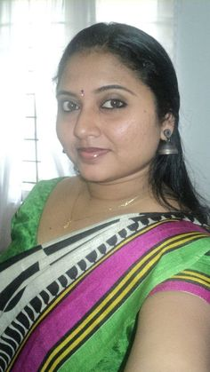 Indian Hot Aunty In Green