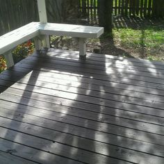 Finally got the deck stained! Love the color!