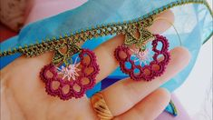 Writing Engraving - Handmade That Saree Tassels, Summer Tunics, Needle Lace, Beautiful Models, Sewing Clothes, Needlework, Crochet Necklace, Coin Purse, Crochet Patterns