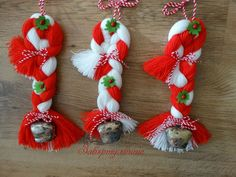 Baba Marta, Christmas Crafts For Kids, Christmas Ornaments, Hand Embroidery Patterns Flowers, Friendship Bracelets, Free Pattern, Arts And Crafts, Holiday Decor, Gera