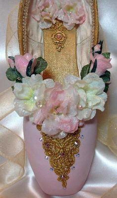 Nutcracker Waltz of the Flowers or Sugarplum Fairy in pale pink and gold. Decorative pointe shoe. Ballet gift. from DesignsEnPointe on Etsy. #danceshoes