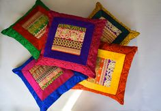 New diy furniture painting patterns dressers ideas Sewing Pillows, Diy Pillows, Cushions On Sofa, Decorative Pillows, Cushion Cover Designs, Pillow Cover Design, Cushion Covers, Ethnic Home Decor, Indian Home Decor