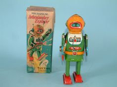 Toy robot, circa 1955. If I only had an extra $6 grand laying around...