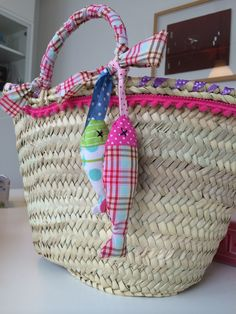 simple healthy dinner recipes for kids ideas christmas decorations Diy And Crafts Sewing, Crafts To Sell, Ibiza, Beach Basket, Diy Sac, Flower Bag, Craft Bags, Basket Bag, Healthy Snacks For Kids