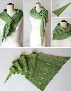 Pfeilraupe – Free Pattern – Awesome Knitting Ideas and Newest Knitting Models Crochet Cowl Free Pattern, Knitting Patterns Free, Knit Patterns, Free Knitting, Knitted Shawls, Crochet Scarves, Crochet Shawl, Knit Crochet, Tunisian Crochet