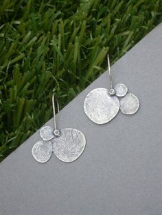 organic circles earrings by jaimejofisher on Etsy