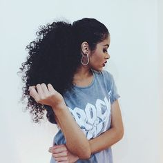 Penteados das gringas, amo esse vídeo do canal ✨ #divasdasté