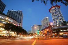 Singapore is a one-stop destination for those who have a passion for traveling across the globe. Regarded as a shopper's paradise, the shopping malls and shopping centers at Singapore are always bustling with the busy shopaholics.