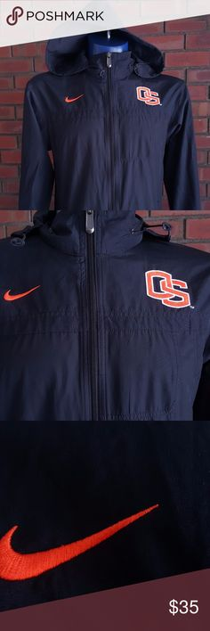 Oregon State Mens Nike Windbreaker Size S This item is virtually brand new, without tags. No major flaws that I have noticed. This piece has a hoodie, which is excluded in many similar models. Nike Sweaters