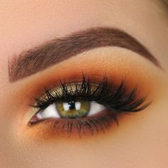 Goddess of Love - Cool Girl Eyeshadows Worthy of a Beautiful Bedroom Eye - Photos