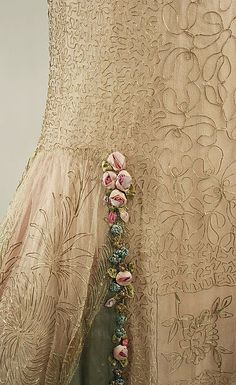 Court presentation ensemble (image 4 - detail) | House of Boue Soeurs | French | 1928 | silk, metallic threads; (b) silk; (e) feathers, cellulose nitrate | Metropolitan Museum of Art | Accession Number: C.I.68.48a–e