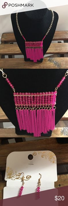 """Pink Statement Necklace Gold chain with pink geometric strand and beads..  with earrings to match🔸 22 1/2"""" long with a 2 1/2"""" extender Jewelry Necklaces"""