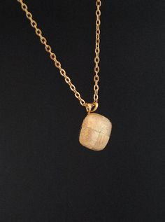 Vintage Gold Plated 1960s Necklace by ErikasCollectibles on Etsy