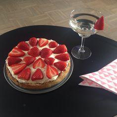 Glutenfri jordbærtærte :) Opskrift, jordbær, sommer, tærte, glutenfri, laktosefri.