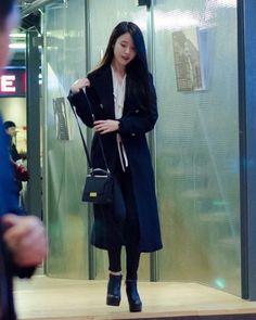 #iu#jieun#leejieun#koreanpop#kpop#singer#loen#iu_only#uaena#korean#이지은#아이유 #dlwlrma #Asia #Asiangirl  Cr - 남원현