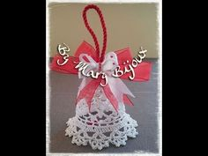 Campana uncinetto/Crocheted Christmas Bell with English surtitles Christmas Bells, Christmas Angels, Xmas, Crochet Motif, Crochet Patterns, Design Youtube, Crochet Christmas Decorations, Crochet Snowflakes, Tatting Patterns