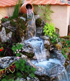 Outdoor Garden Water Features for Pools, Yards or Patios. Small backyard water features for walls from stone, DIY features and water fountain ideas.