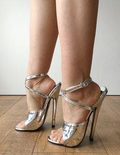 Hot Heels, Sexy High Heels, Extreme High Heels, Beautiful High Heels, Sexy Legs And Heels, Platform High Heels, High Heels Stilettos, High Heel Boots, Heeled Boots