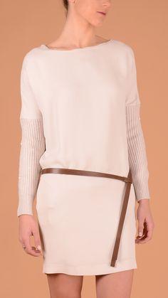 Cucinelli Maxi-pull Boat neck dress, two pockets, waist leather belt, rear zip closure, sequin long sleeve. 100% silk, sleeve 80% cashmere, 20% silk.
