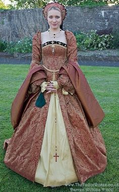 For Tudor Fashion Tips visit Matilda: http://www.agirlforalltime.com/pages/tudor-fashion-tips
