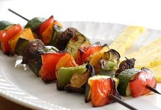 Warzywne szaszłyki na grilla Vegan Lunch Recipes, Delicious Vegan Recipes, Detox Recipes, Vegan Meals, Weight Watchers Lunches, Weight Watchers Soup, Healthy Toddler Meals, Healthy Snacks, Toddler Food