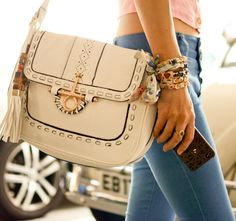 summer white satchel. love the tassel detail.