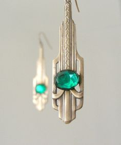 Earrings  Art Deco   Emerald Green by chloesvintagejewelry on Etsy