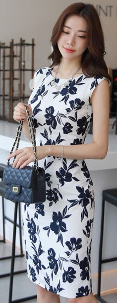 Korean Women`s Fashion Shopping Mall, Styleonme. Office Dresses, Casual Dresses, Outfit Vestido Negro, Printed Linen, Dress Suits, Classy Dress, Women's Fashion Dresses, Fashion Clothes, Colorful Fashion