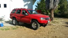 Jeep  grand Cherokee wj on 32's with 3 inch lift