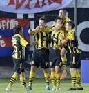 Guaraní, segundo club más añejo de la Liga Paraguaya de Fútbol, festejando un gol