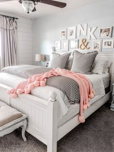 How to layer bedding using a coverlet and duvet. Love these cozy farmhouse bedding ideas. Create a master bedroom you can't wait to come home to! How to layer bedding Farmhouse Master Bedroom, Cozy Bedroom, Home Decor Bedroom, Modern Bedroom, Bedroom Furniture, Bedroom Storage, Furniture Sets, Walnut Bedroom, Bedroom Drawers