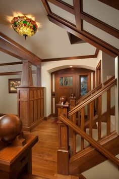 Modern #craftsman interior.